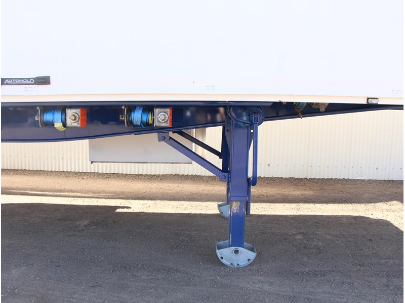 freighter 45ft auto hold curtainsider trailer 283052 003