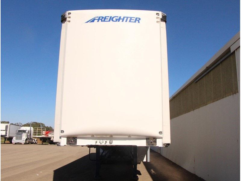 freighter 45ft auto hold curtainsider trailer 283052 014