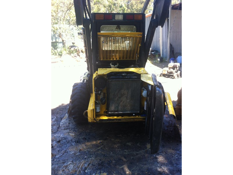 new holland ls 170 skid steer 285174 004