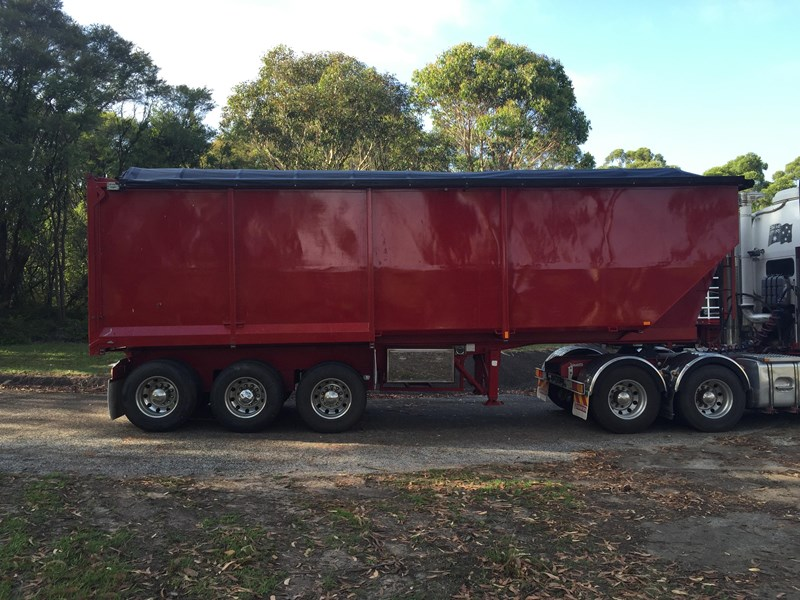 northern chassis tipper 286039 003