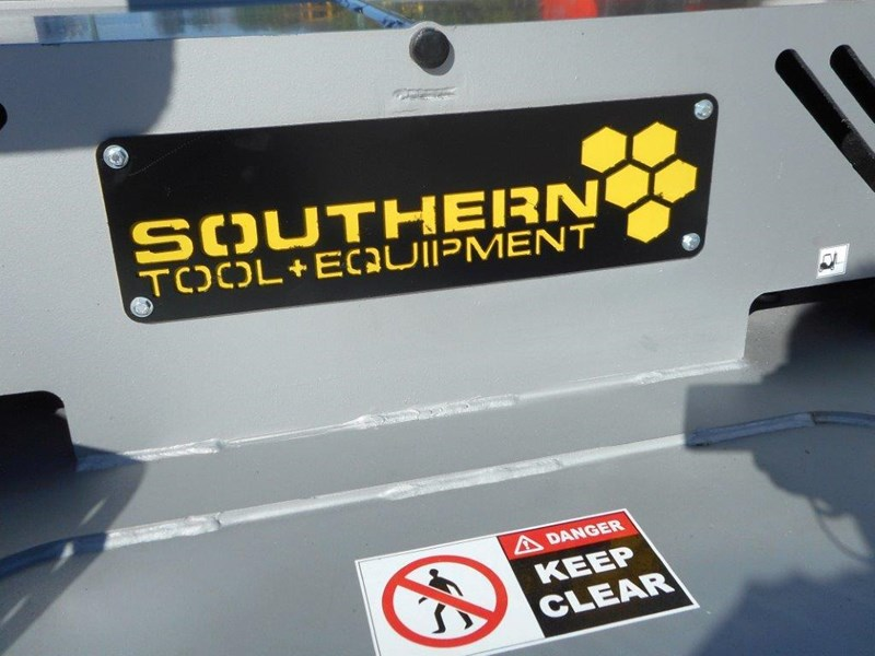southern tool [7' feet] slasher twin head brush cutter attachment - 2130mm cut width 274686 012