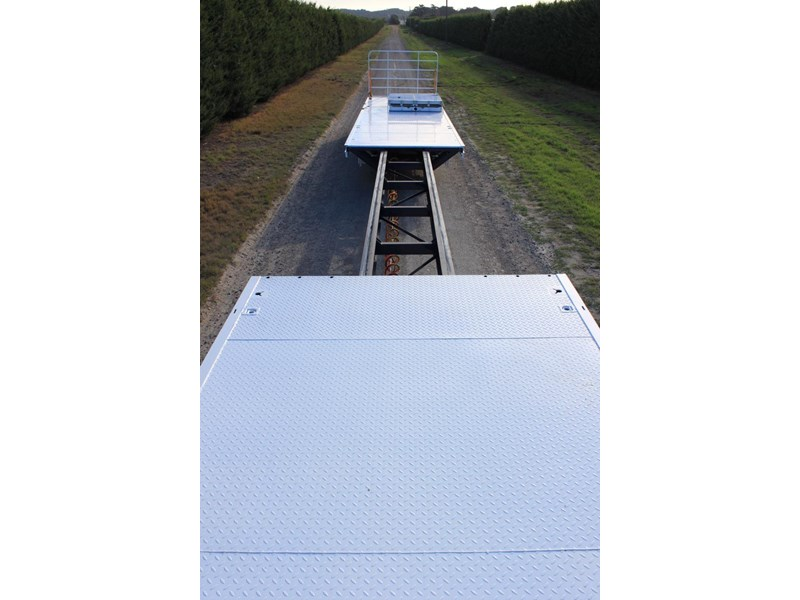 bullet extendable machinery trailer 292113 027