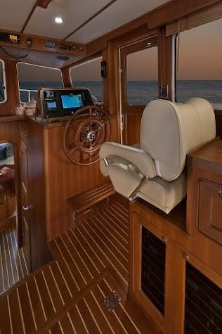 helmsman 43 pilothouse 292635 013