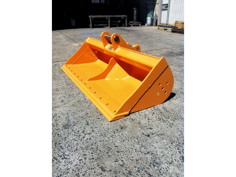 peter gardner engineering ditch cleaning excavator bucket 218144 001