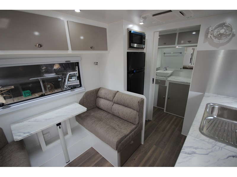 westernport caravans flawless 21' - off road 299450 022