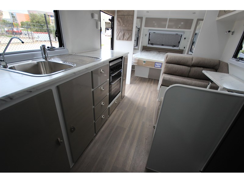 westernport caravans flawless 21' - off road 299450 029