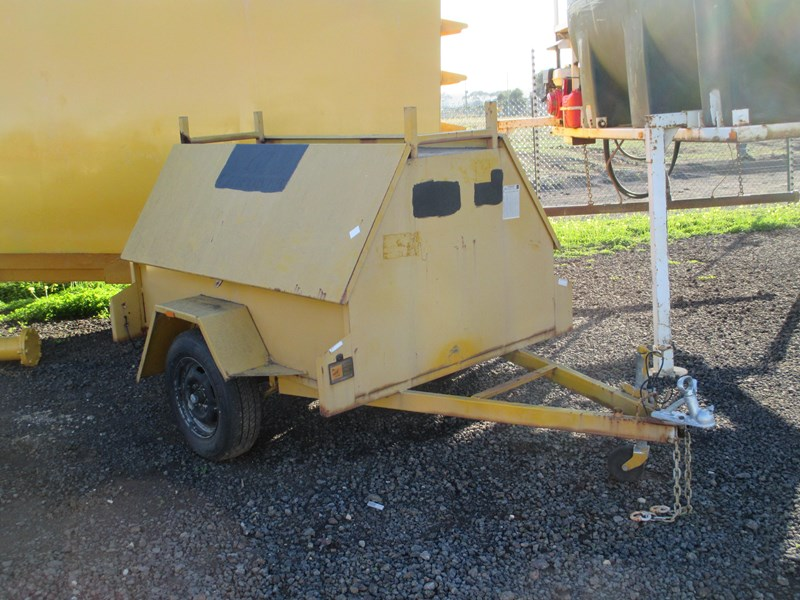 custom tradesman trailer 300148 001