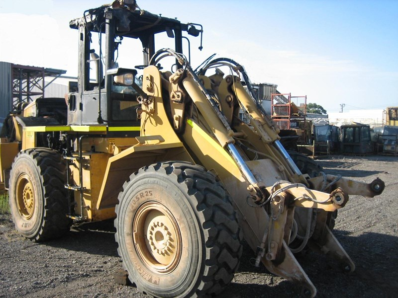 caterpillar it38h 300720 001