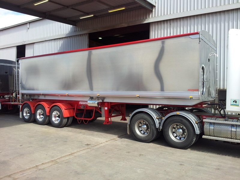freightmaster 32'x6'7 aluminium chassis 214143 001