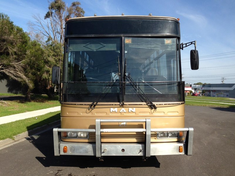 man coach 290 hp 301835 008