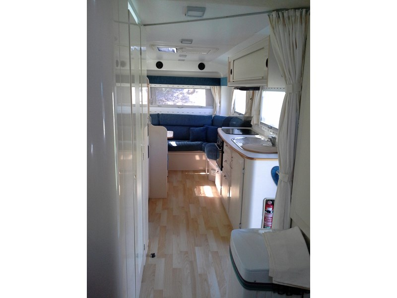 travelhome 2008  fifth wheeler + 2014 colorado 295453 002