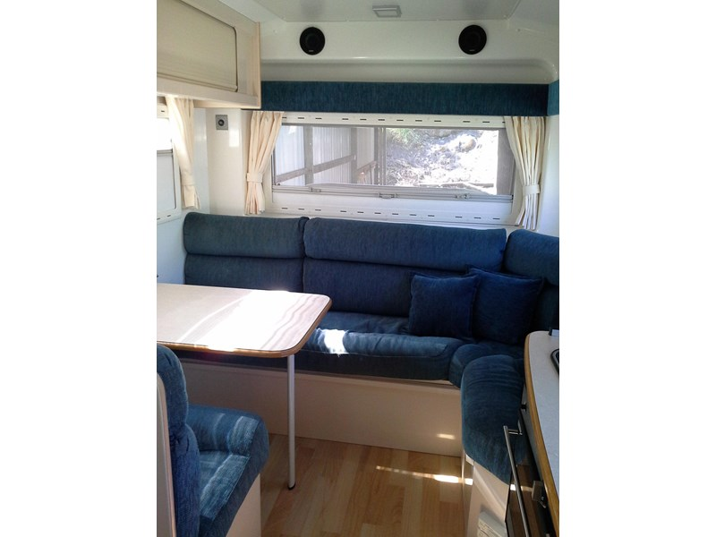travelhome 2008  fifth wheeler + 2014 colorado 295453 009