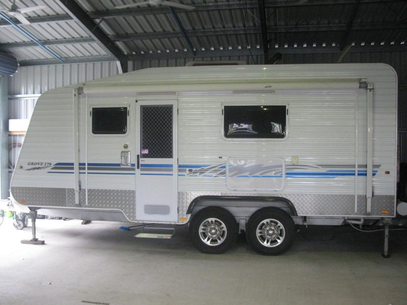 billabong custom caravans grove176 290726 006