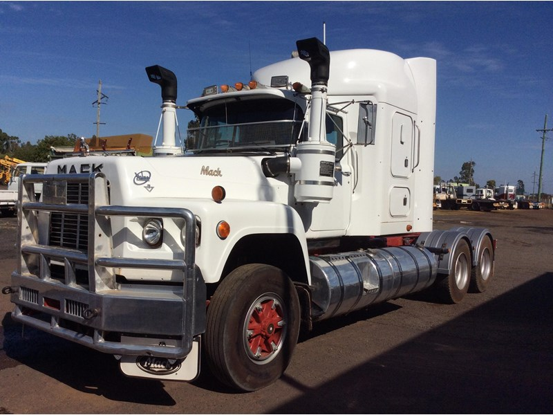 mack valueliner 302780 001