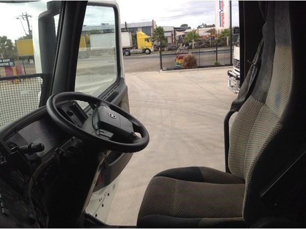 volvo fh13 304443 006