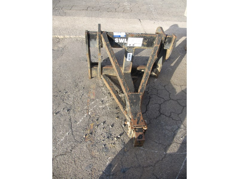 bobcat jcb2cx crane to suit bobcat (2 of) 304434 007