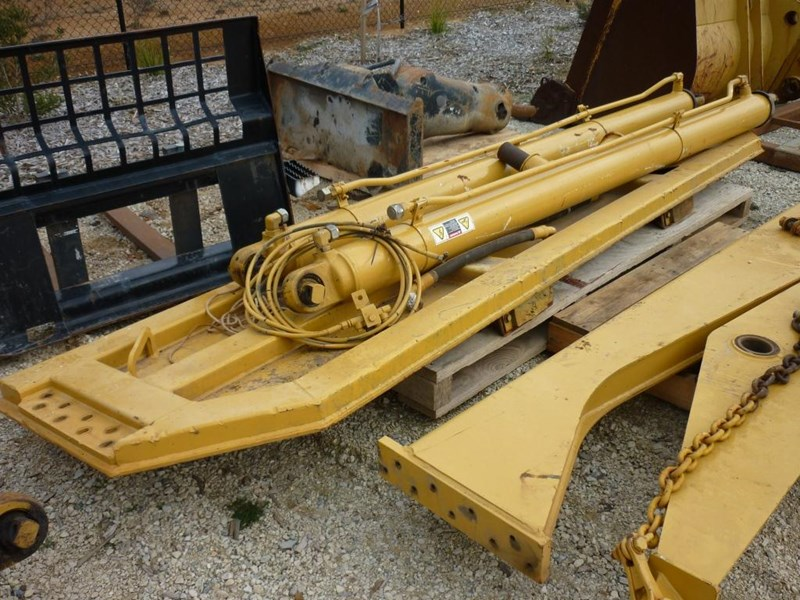 caterpillar 740 dump body lift cylinders 305322 008