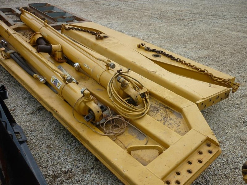 caterpillar 740 dump body lift cylinders 305322 007