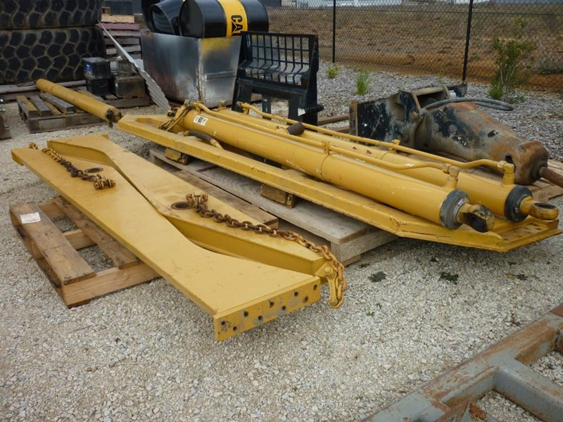 caterpillar 740 dump body lift cylinders 305322 012