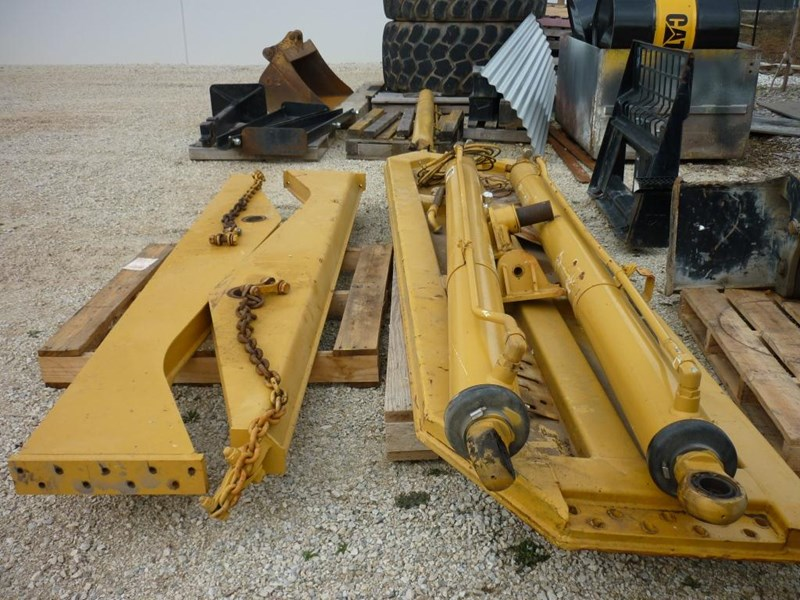 caterpillar 740 dump body lift cylinders 305322 006