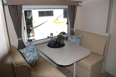 sunliner holiday luxury motorhome 306049 006
