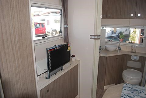 sunliner holiday luxury motorhome 306049 009