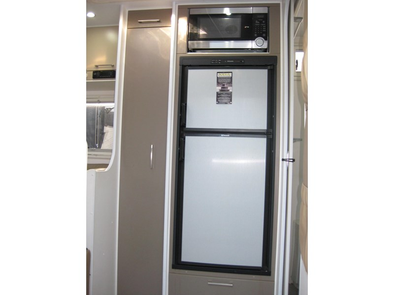 new age oz classic 22ft ensuite 306014 006