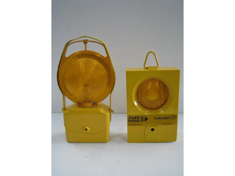amber roadside traffic hazard safety lamps lights 306933 002