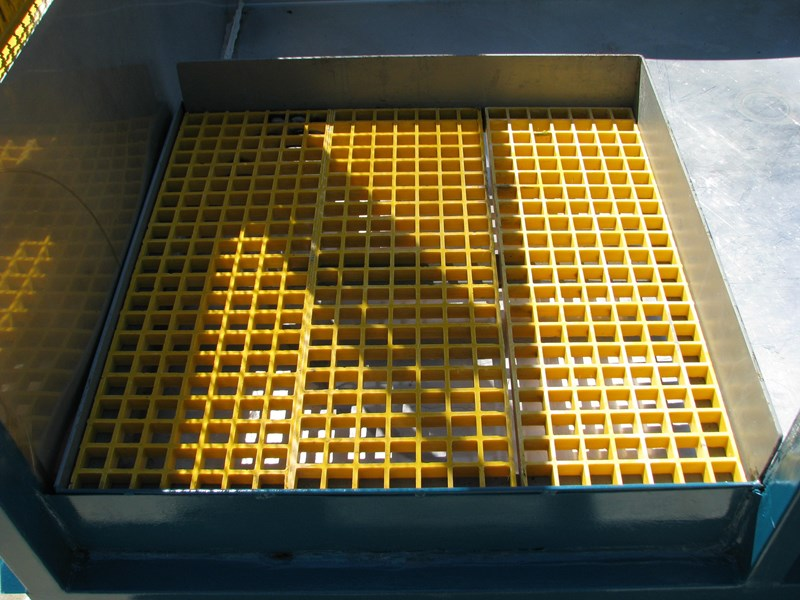 industrial hazardous spill tray containment 309751 004