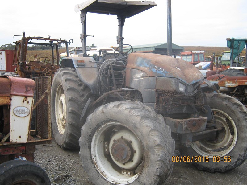 NEW HOLLAND TS100 TRACTOR (WRECKING PARTS ONLY) for sale