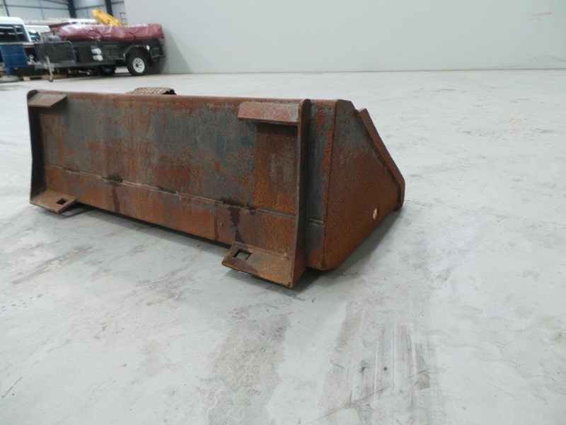 workmate skid steer gp bucket 312953 005