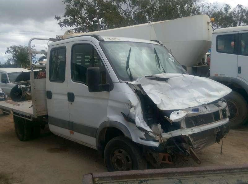 iveco daily 313696 002
