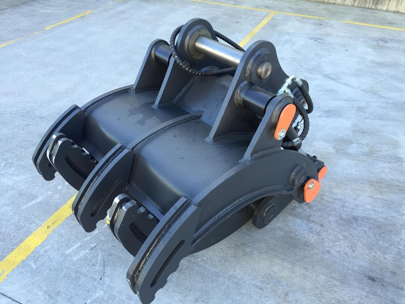 unknown (bbb) betta bilt buckets  12 tonne hydraulic grabs 314030 006
