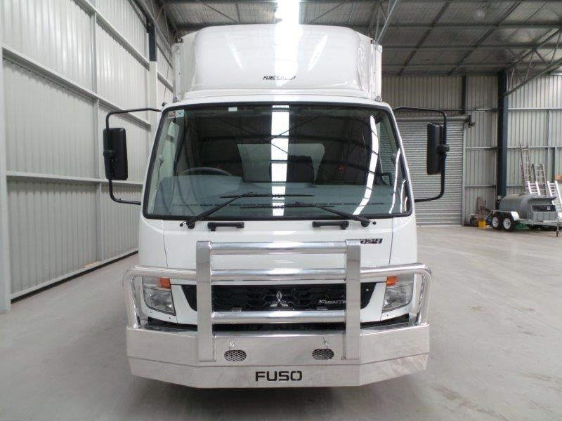 fuso fighter 1024 315334 007
