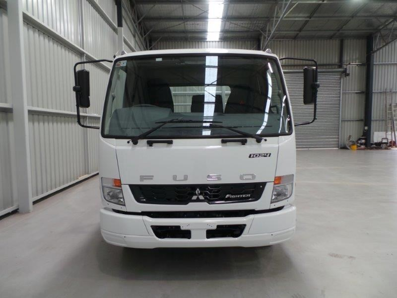 fuso fighter 1024 316402 009