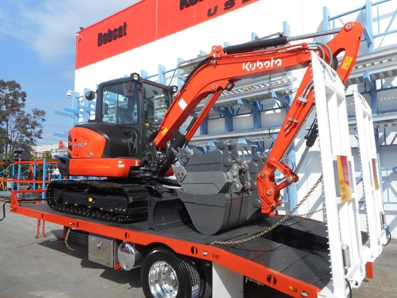 kubota 11 ton single axle 5m tag trailer combo with kubota kx-57/u57 5.5 ton excavator [machexc] [attrail] [mcombo] 318321 005