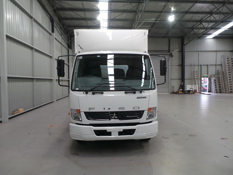 fuso fighter 1024 319055 007