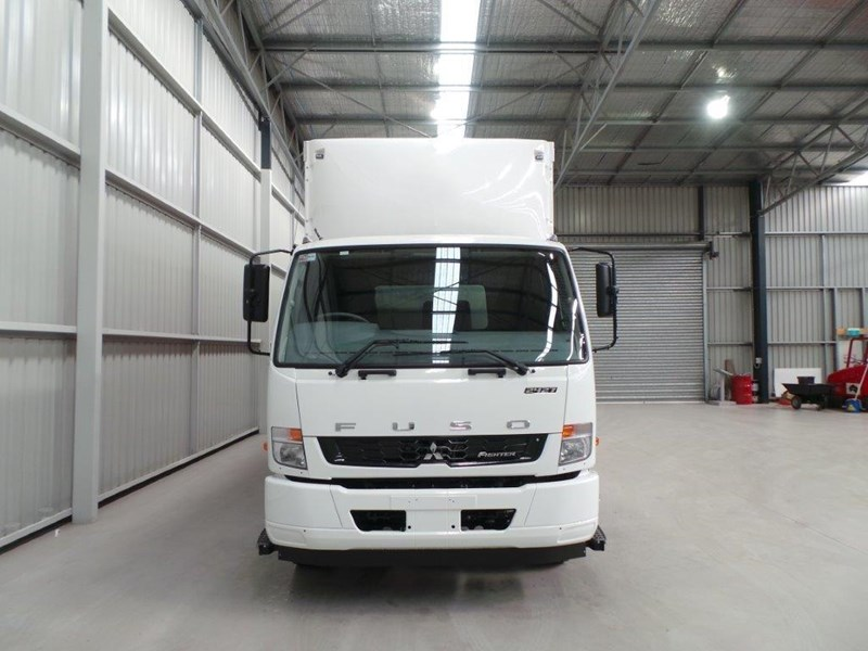 fuso fighter 2427 319176 007