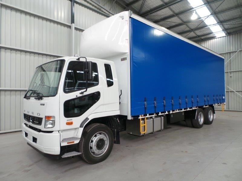fuso fighter 2427 320266 001