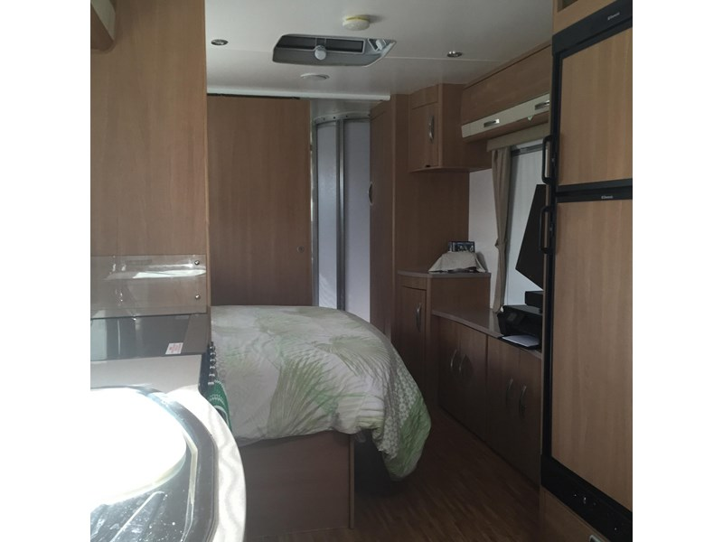jayco 2013 sterling outback + 2012 colorado 320635 005