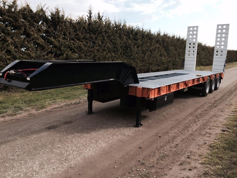 bullet tri axle low loader 295564 003