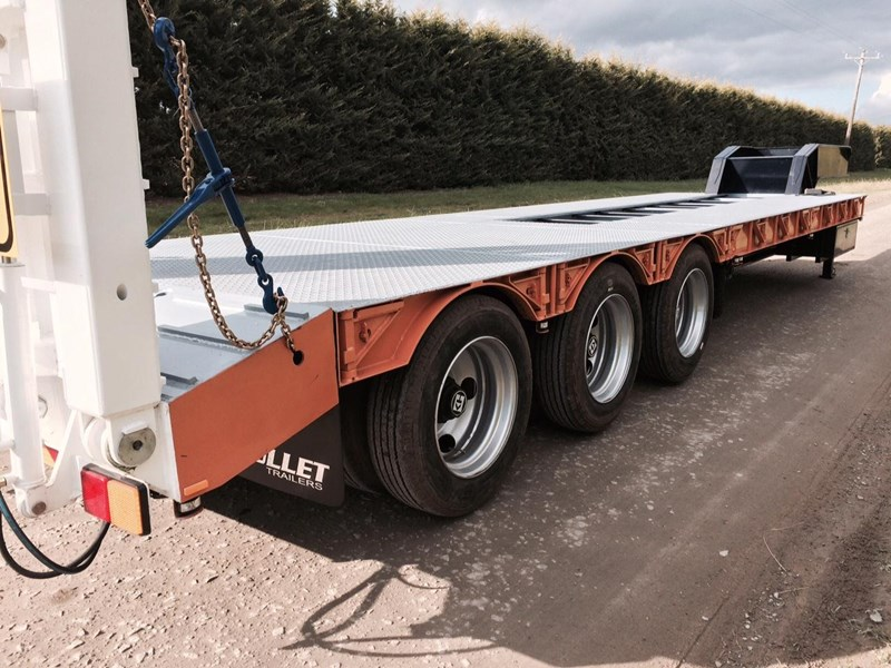 bullet tri axle low loader 295564 007