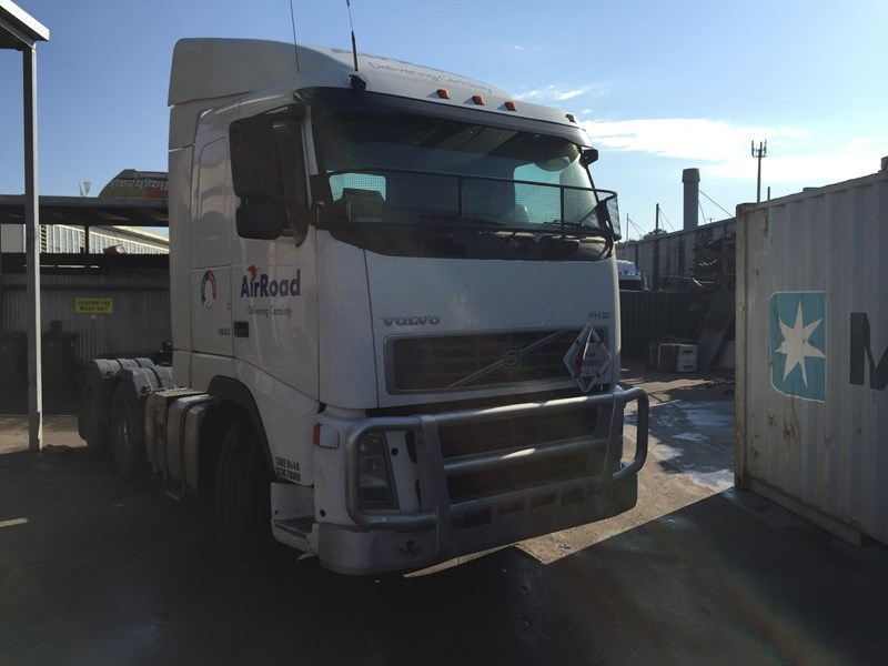 volvo fh12 320939 002
