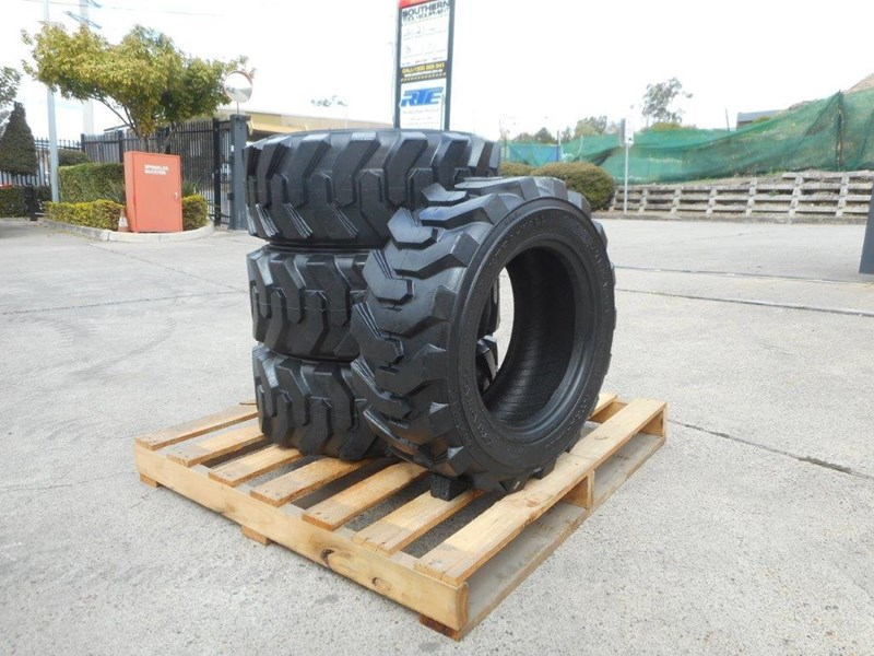 rhino 10-16.5 skid steer loader spare tyres - 10ply xtra side walls [heavy duty] [20kg] suit bobcats loaders [atttyre] 326254 008