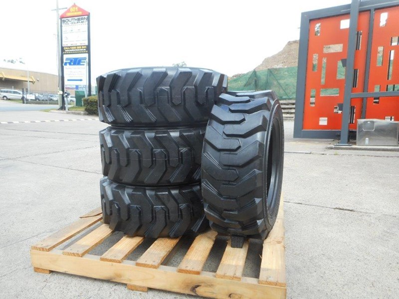 rhino 10-16.5 skid steer loader spare tyres - 10ply xtra side walls [heavy duty] [20kg] suit bobcats loaders [atttyre] 326254 009