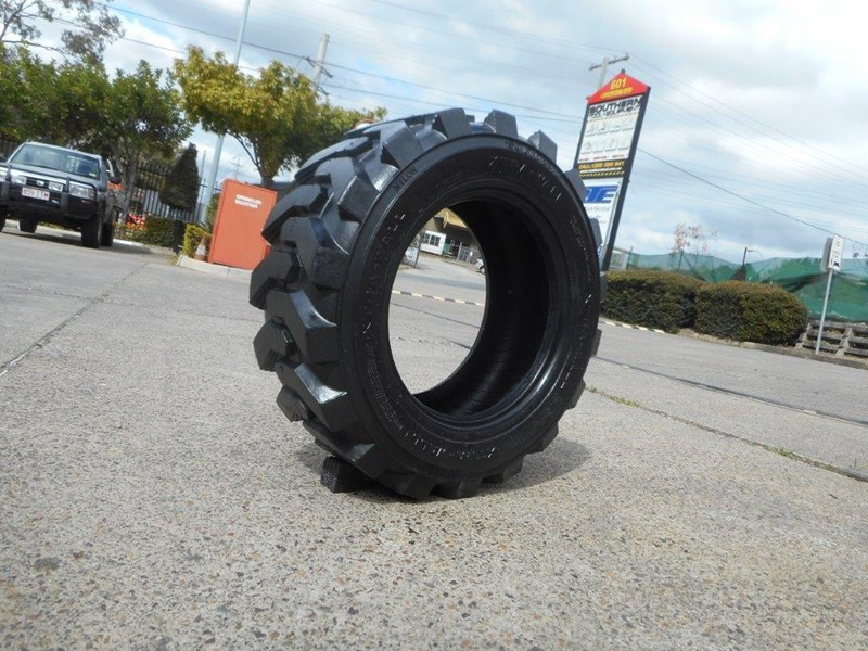 rhino 10-16.5 skid steer loader spare tyres - 10ply xtra side walls [heavy duty] [20kg] suit bobcats loaders [atttyre] 326254 015