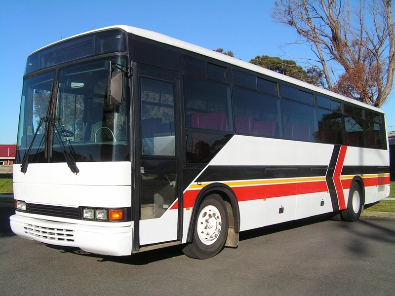 mercedes-benz coach 323589 001