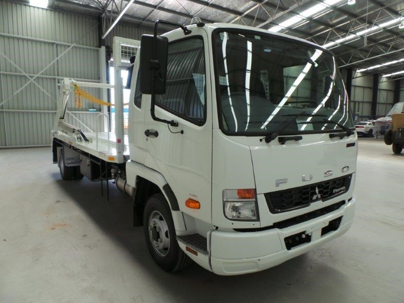 fuso fighter 1024 323816 006