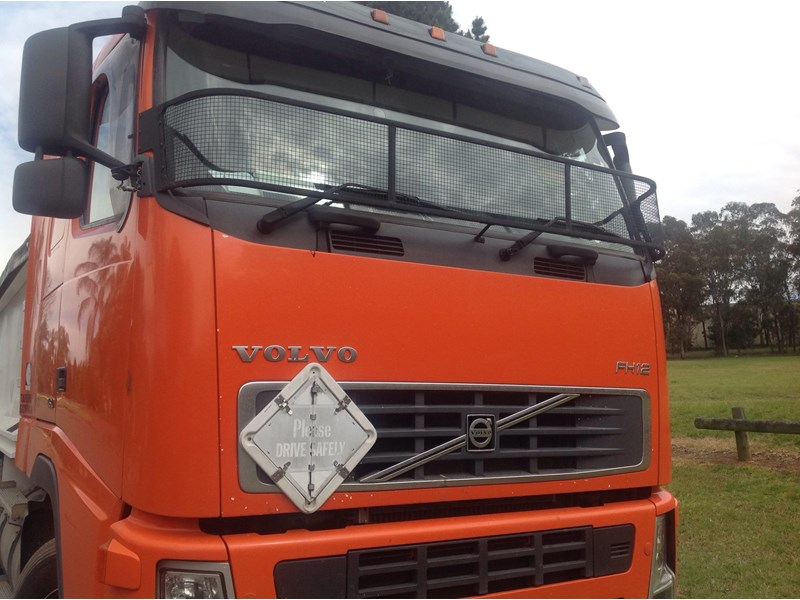 volvo fh12 324509 002
