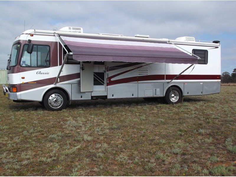 winnebago (avida) classic 36ft 322796 003
